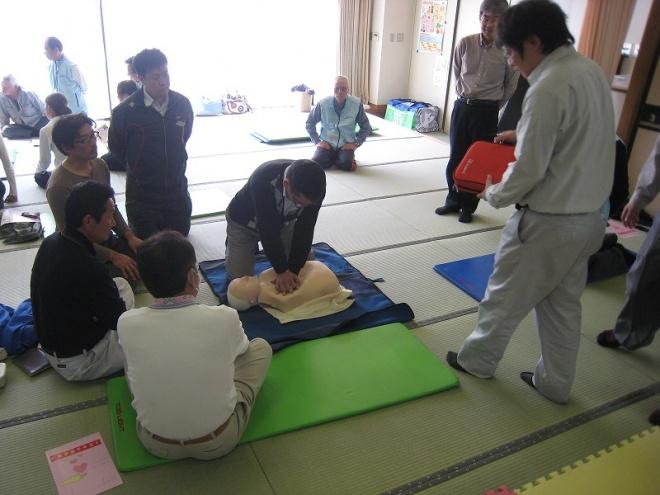 AED取扱練習中